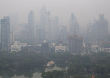 Children asked to stay indoors after Bangkok issues air pollution warning