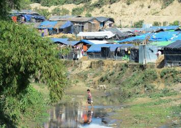 Australia slaps sanctions on Myanmar army top brass over violence against Rohingya