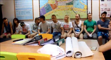 10 Russian 'sex instructors' rounded up in Pattaya