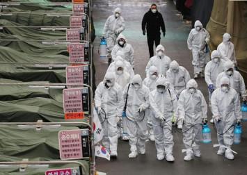 South Korea at highest alert level as infections soar