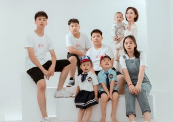 Chinese mum pays over $198k to have 'perfect' seven kids, bucking country's declining childbirth trend