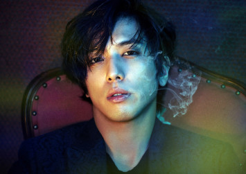 CNBLUE's Jung Yong-hwa withdraws from TV show following grad school admission scandal