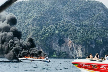 16 injured from a tourist boat explosion in Krabi