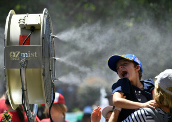 Australian towns among hottest spots on Earth as heatwave sizzles