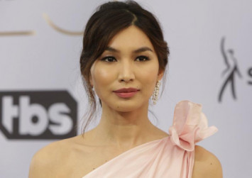 Gemma Chan's SAG dress took 100 hours