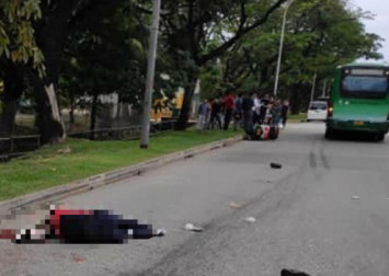 Motorcyclist dies after accident with private bus in Tuas