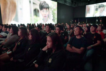 Fans, family and colleagues pay tribute to late actor Aloysius Pang at memorial event