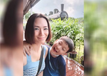 9-year-old son schools Jacelyn Tay about life on New Year's Day