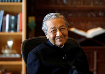 Dr M: I'm top dog but Anwar can be prime minister