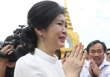 Don't come to court Friday: Yingluck
