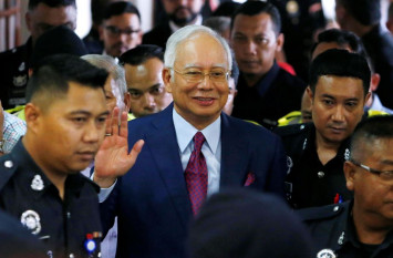 Najib's bank account unfrozen as it is unrelated to SRC and 1MDB investigations: MACC