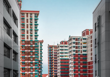 What type of HDB flats can single Singaporeans buy?