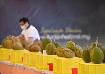 How to choose a durian, according to durian experts