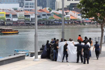 Body of man found floating in Singapore River
