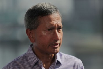 'We are in absolute unity': Vivian Balakrishnan on support for Heng Swee Keat's leadership