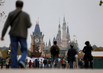Disney, Fox sued in US for $1.4 billion by Genting over Malaysia theme park
