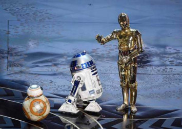 Star Wars' droid R2-D2 auctioned for $3.8 million