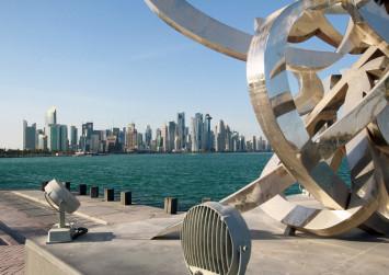 Panicked Qatar shoppers stock up as Gulf rift bites