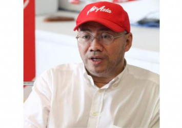AirAsia X Group CEO hits back at politician for criticising pilot