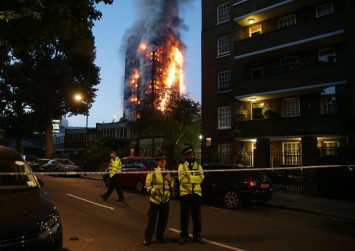 London tower block fire: At least 12 dead, dozens injured