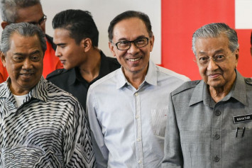 Anwar in no rush to get back into Parliament