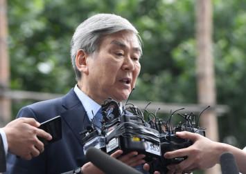 Korean Air Chairman Cho Yang-ho feels the heat