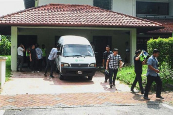Designer handbags, branded shoes, jewellery seized from house allegedly linked to Najib