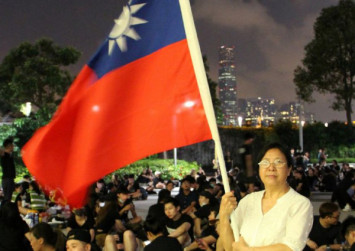 Hong Kong Officials Try To Ease Tensions As More Protests