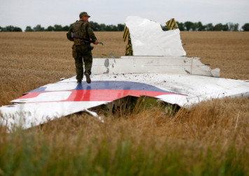 3 Russians and Ukrainian to face murder charges for downing MH17