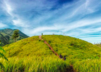 Six mountains for beginners to climb in Indonesia