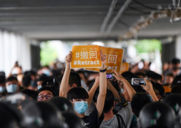 Surveillance-savvy Hong Kong protesters go digitally dark