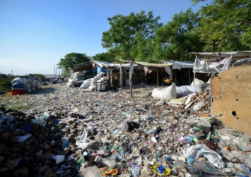 Indonesia's tourist haven Bali aims to blaze global trail on stemming ocean plastic