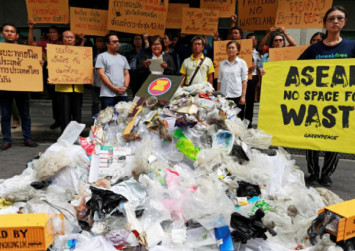 Protesters in Thailand urge ASEAN leaders to ban trash imports