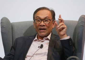 Anwar rubbishes speculation his supporters plotted to topple Azmin with sex video