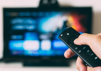 The pros and cons of streaming services