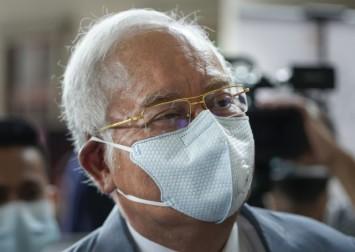 1MDB: Najib-Arul Kanda trial postponed as lawyer awaits Covid-19 test result