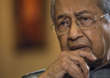 Mahathir says proposal to name son did not come from him
