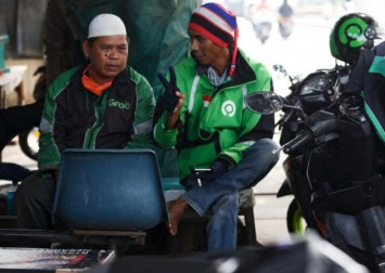 '50 drivers fight for 1 order': South-east Asia's gig economy battered by virus