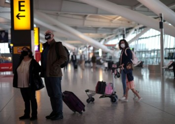 New Covid-19 variants complicating plans for Britain to ease travel rules, says minister