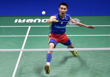 Sick badminton star Lee Chong Wei out of World Championships, Asian Games