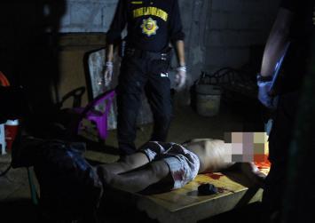 Enduring pain for Philippine drug war widows