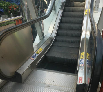 Woman at Bangkok BTS station posts about 'narrowly escaping death' after escalator step dislodges