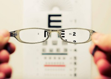 Parents in China fear online classes could harm students' eyesight