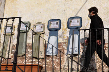 Coronavirus: 'Strange pneumonia' seen in Lombardy in November, leading Italian doctor says