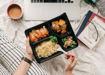 A guide to restaurants we love with delivery and takeaway options in Singapore