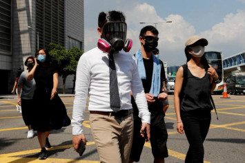 Doctor says wearing a face mask can increase your risk of coronavirus infection. Here's why