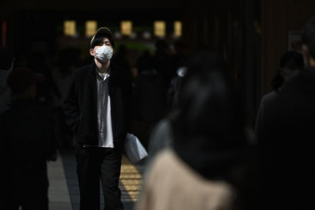 Japan's coronavirus infections cross 1,000