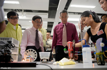 PM pitches science, tech, engineering, maths to students