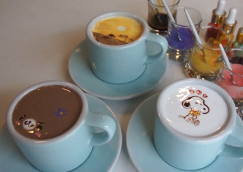 WATCH: Seoul-based barista designs coffee dreams
