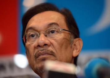 Malaysia poll win offers hope: Anwar